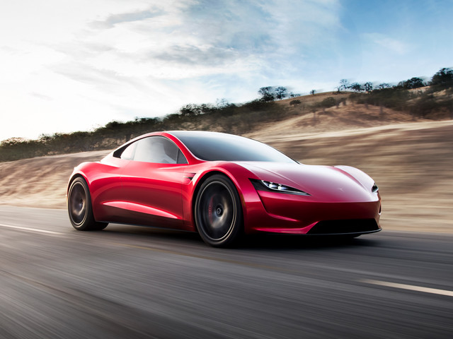 VIDEO: Watch the Tesla Roadster Make People Scream!