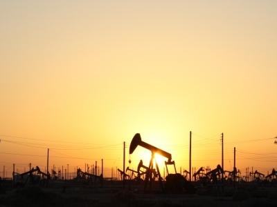 U.S. Oil & Gas Rig Count Falls As Brent Breaks $60