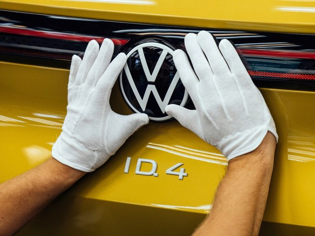 Driving Dystopia: German Automakers Keep Reimagining Vehicle 'Ownership'
