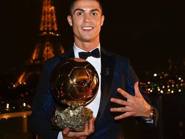 'Nobody Can Do What I Do, I'm The Best Player In History' – Cristiano Ronaldo Celebrates Fifth Ballon d'Or Win By Positively Drowning Himself With Praise