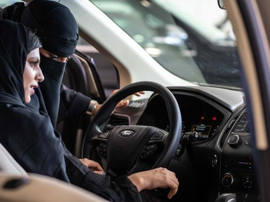 Ford Promoting Female Drivers in Saudi Arabia, Gifts Mustang GT to Activist (As Others Remain Jailed)