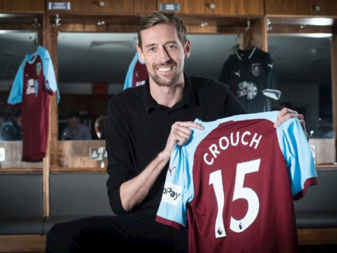 Official: Veteran Striker Peter Crouch Joins Burnley From Stoke Until End Of Season (Photos)