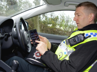 Samsung lands £210m UK gov contract to arm emergency services with 4G mobes
