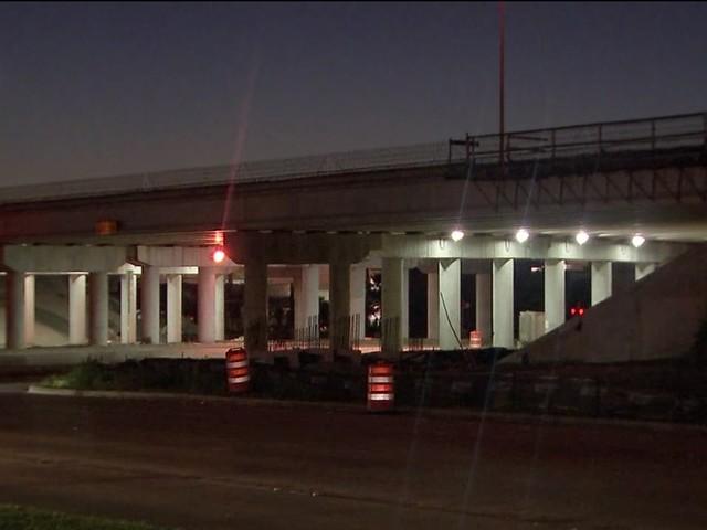 Deputies hit and injured at scene of crash that killed teen on Beltway 8
