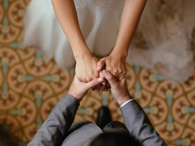 Interfaith Marriage: How To Tackle The Civil Vs Religious Ceremony Question