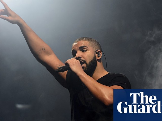 Drake scores most US chart hits ever