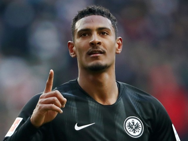 West Ham set to complete £45m, five-year deal for Sebastian Haller as French striker passes his medical
