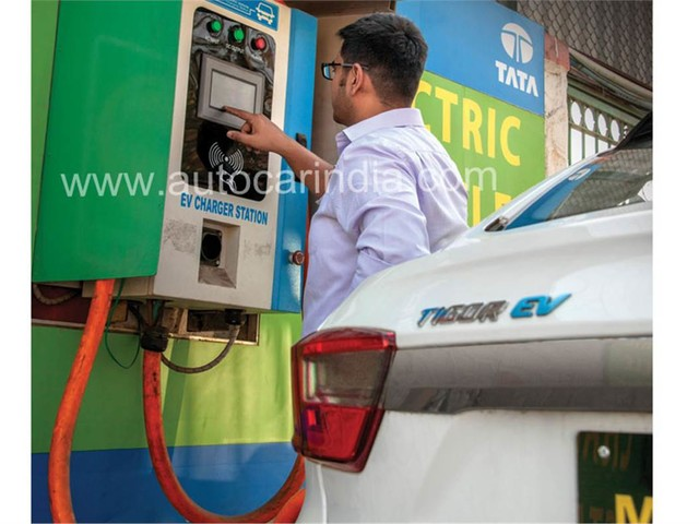 Electric vehicles to get upto Rs 2.75 lakh incentive in Maharashtra
