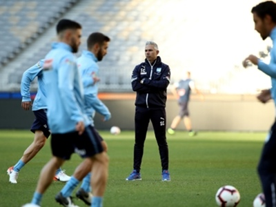 Sydney FC prioritise recruiting local talent after ACL exit