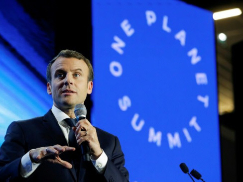 Leaders join France's Macron to discuss climate cash crunch
