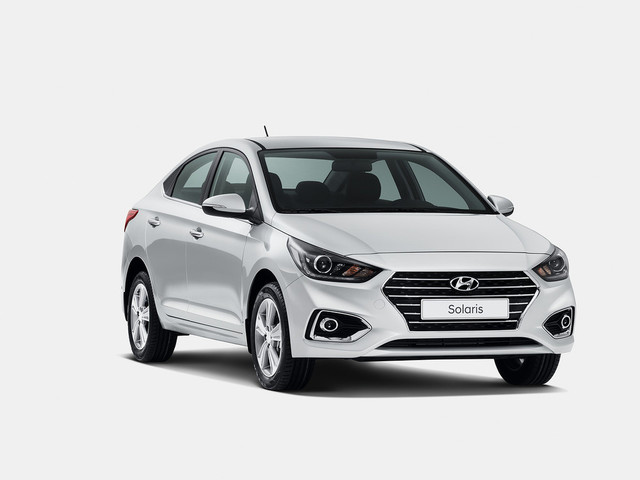 2017 Hyundai Verna Facelift Teased, India Launch Likely Soon