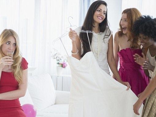 Wedding guests reveal worst bridezilla moments on Reddit