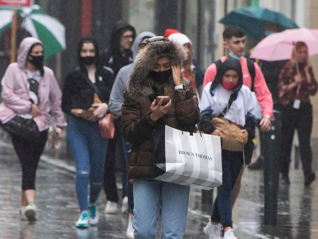Ireland news live: Weather warning, hospitals at risk, Gardai clampdown on roads