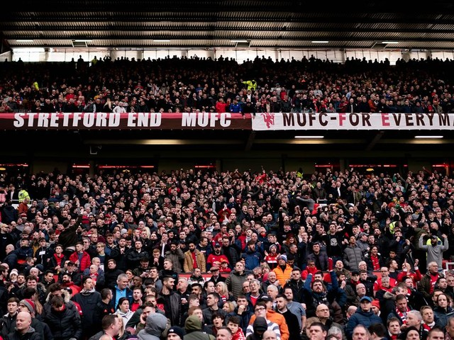 Man Utd contact fans over season ticket refunds amid behind closed doors matches