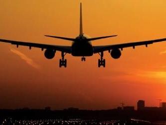 Cargolux flight makes emergency landing