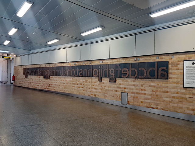 London Underground unveils a Johnston font memorial