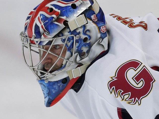 Of course Petr Čech was 'Man of the Match' in victorious ice hockey debut