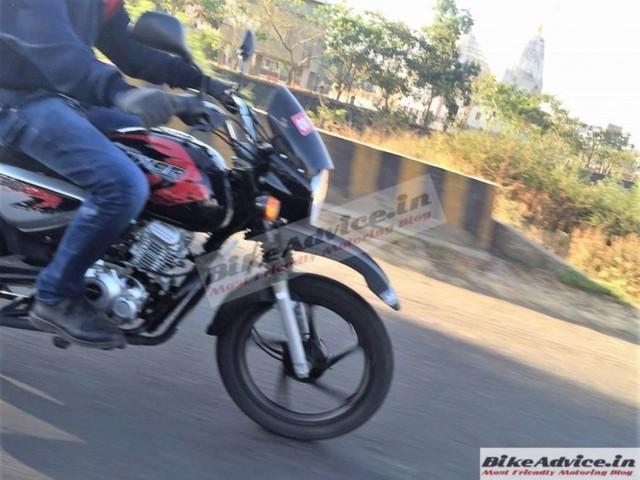 Bajaj Boxer X150 Cross Spied In India