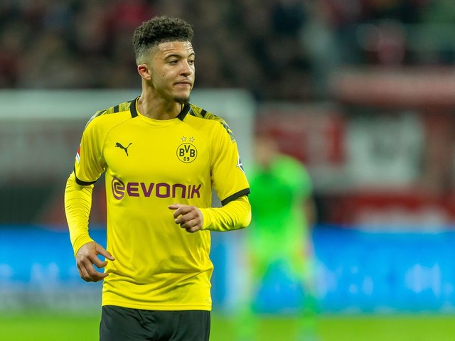 Chelsea begin talks with Jadon Sancho, according to reports in... France?