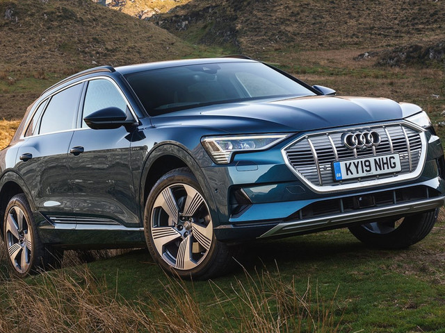 Despite global delays, Audi E-tron SUV to launch in India by end-2019