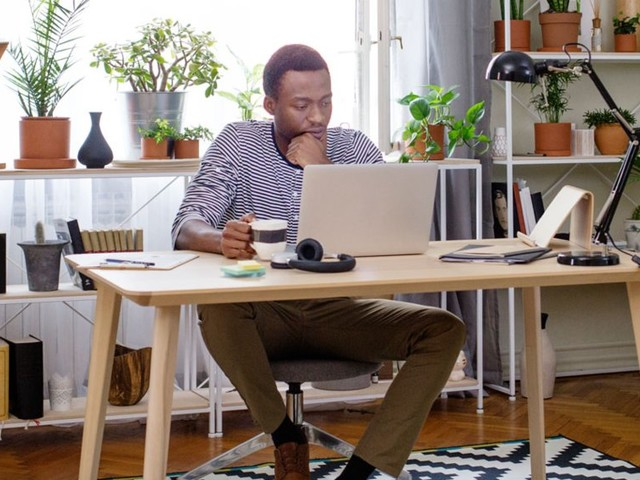 If you think you need to register your side hustle with the government to be considered a business, think again