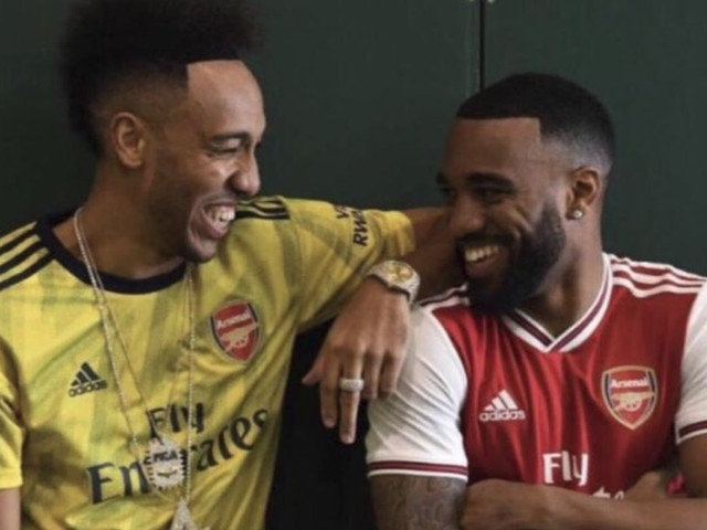 The Decathlon: Arsenal fans swoon over leaked Adidas kits, F1 honours Niki Lauda and Poch meets Becks