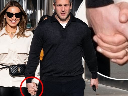 Sam Faiers flashes a gold band while celebrating her six year anniversary with Paul Knightley