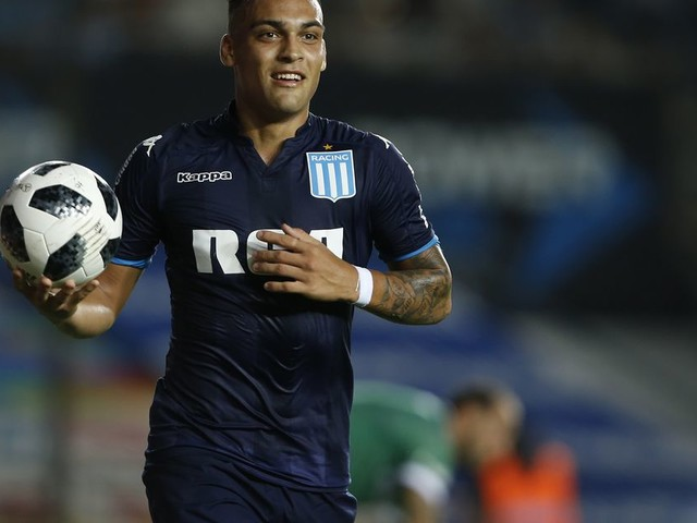 Reports: Inter finalize deal for Lautaro Martinez