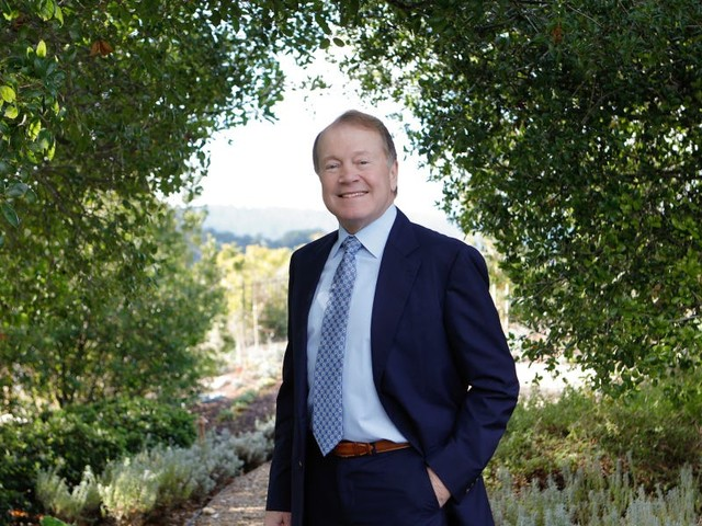 Tech legend John Chambers predicts that a 'blended' work model will be more successful than fully remote: 'When work from home gets carried to an extreme, most companies struggle with it'