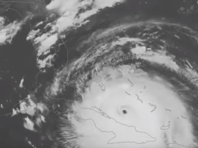 Irma shifts west, expected to cross the Keys, strike near Cape Coral; Tampa in sights