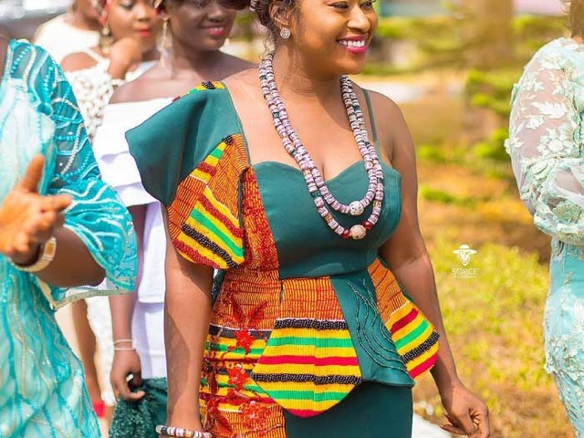 African Dresses: 20+ Fashionable African Wear Styles in 2021