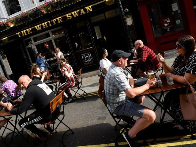 Pubs, clubs, meals out and gigs: When hospitality venues are set to reopen - and what the rules will be