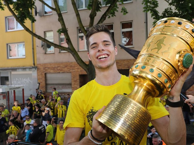 Who would be a better understudy to Jorginho, Leandro Paredes or Julian Weigl?