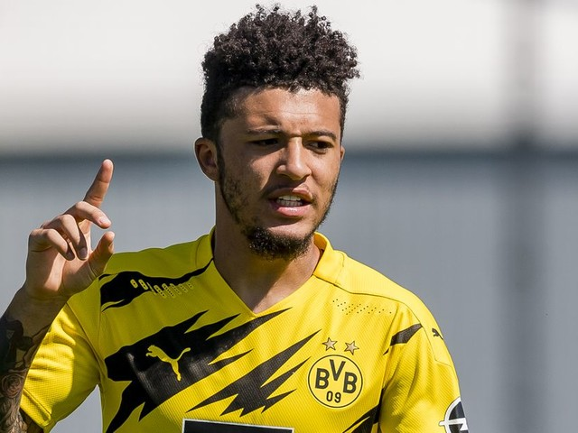 Jadon Sancho 'not 100 per cent convinced' by Manchester United — report