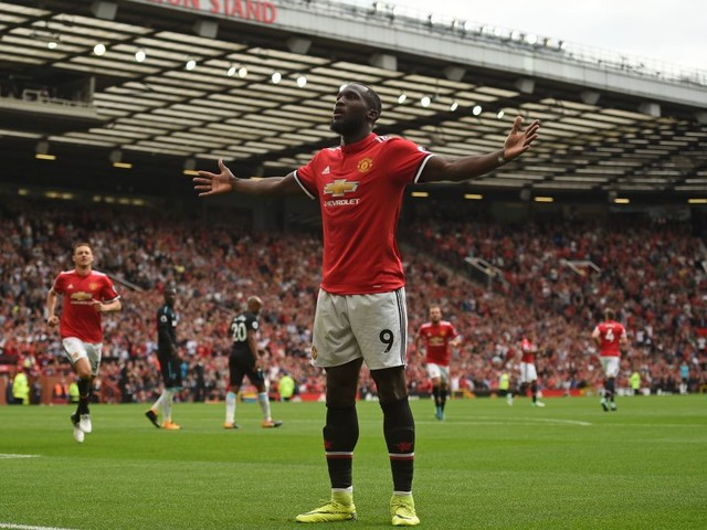 Romelu Lukaku calls on Manchester United fans to stop singing racist chant