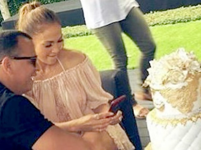 Jennifer Lopez and Alex Rodriguez Continue Birthday Celebrations With Their Kids