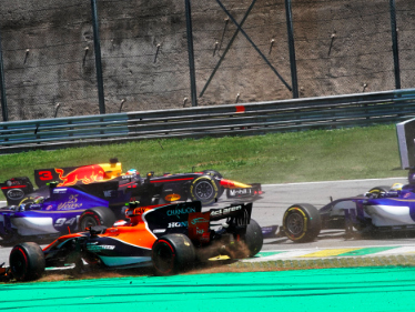 Analysis: How Lewis Hamilton and Daniel Ricciardo lit up Brazilian F1 Grand Prix