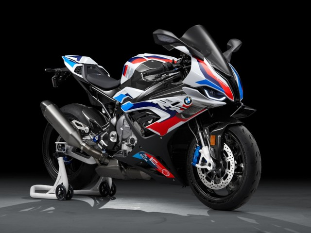BMW M 1000 RR unveiled