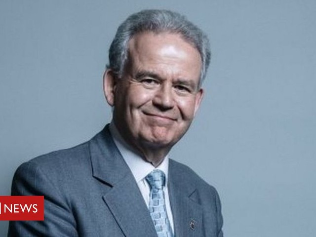Russia report: Julian Lewis appointed chair of intelligence committee