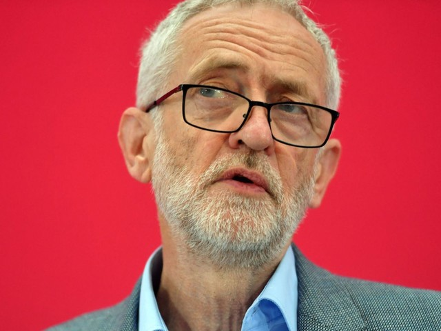 Senior Labour figures call for Corbyn to apologise to whistleblowers