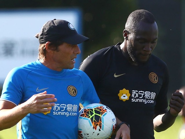 Conte: Chelsea have yet to 'figure out how to use Lukaku'