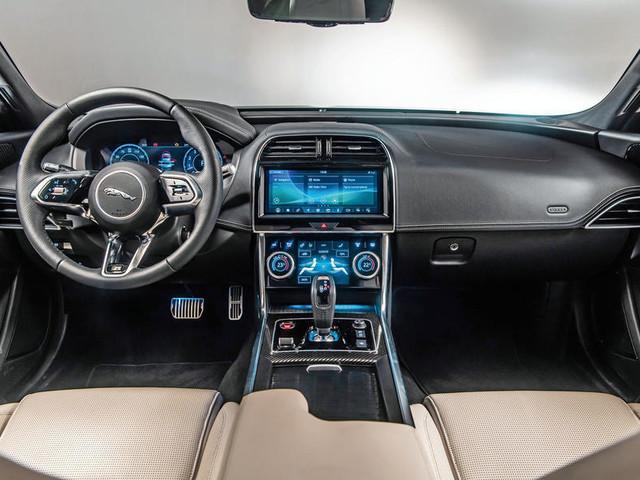 New Jaguar XF: 2020 facelift to get interior overhaul