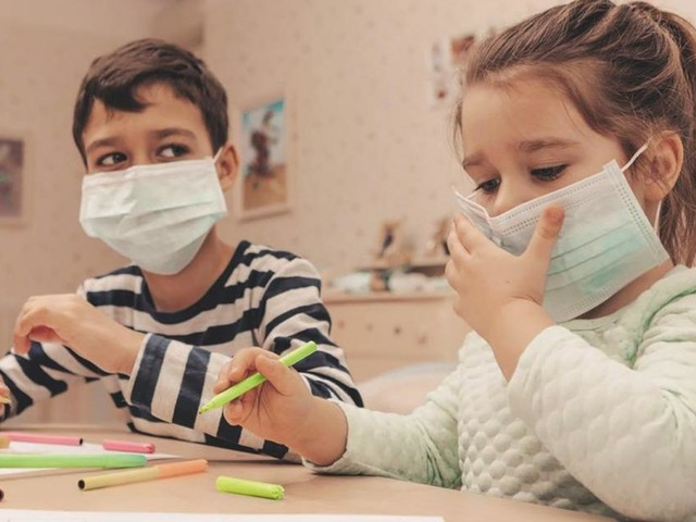 Petition calls for children to remove masks in class