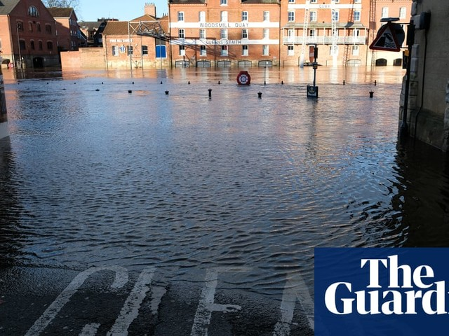 Flood warnings issued for England after heavy rain