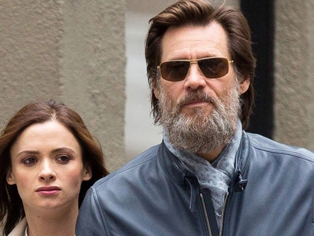 Jim Carrey alleges late ex-girlfriend used 'bumps from bad wax job in attempt to extort him'