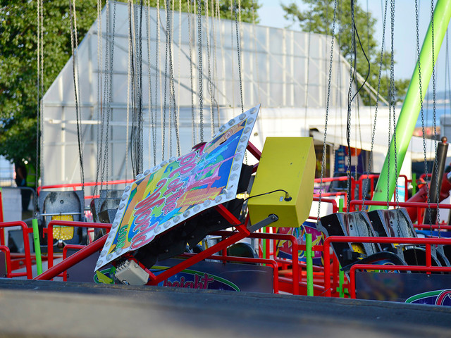 Four children rushed to hospital after fairground ride collapses as witnesses describe 'terrifying' scenes
