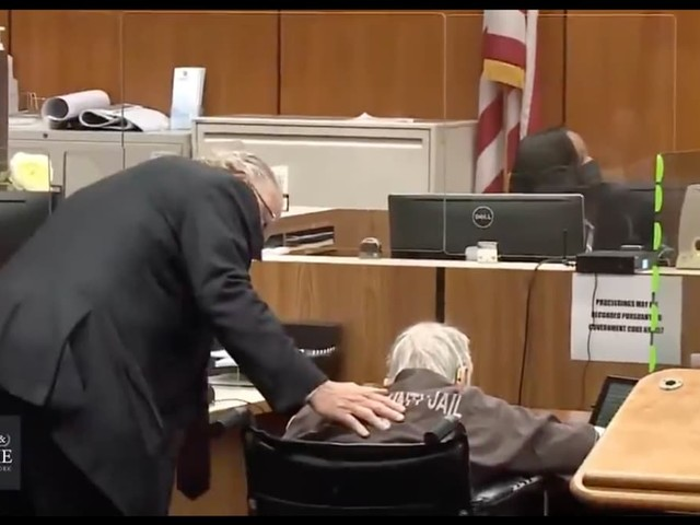Robert Durst Caught Napping During Murder Trial (Video)