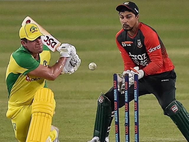 Bangladesh sense series victory as Australia's batting continues to flounder