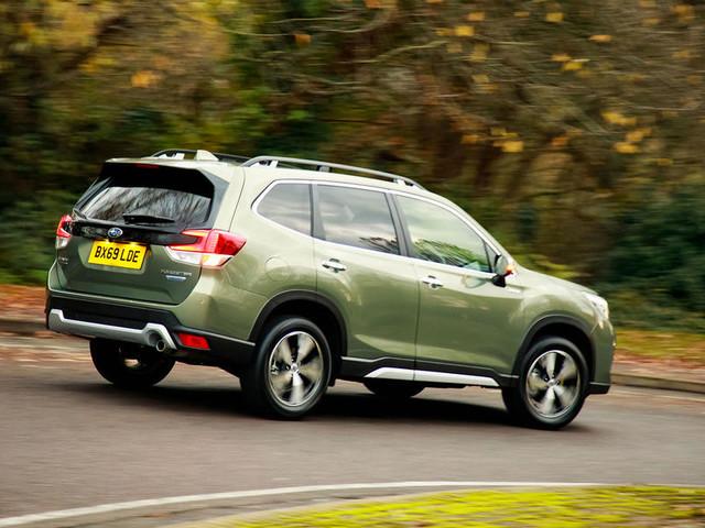 Subaru Forester eBoxer Premium 2019 UK review