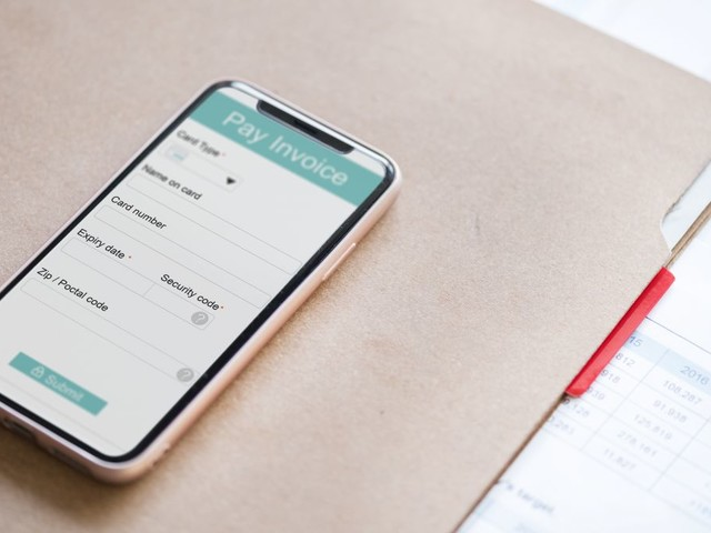 The coming electronic invoicing revolution: 5 trends to watch